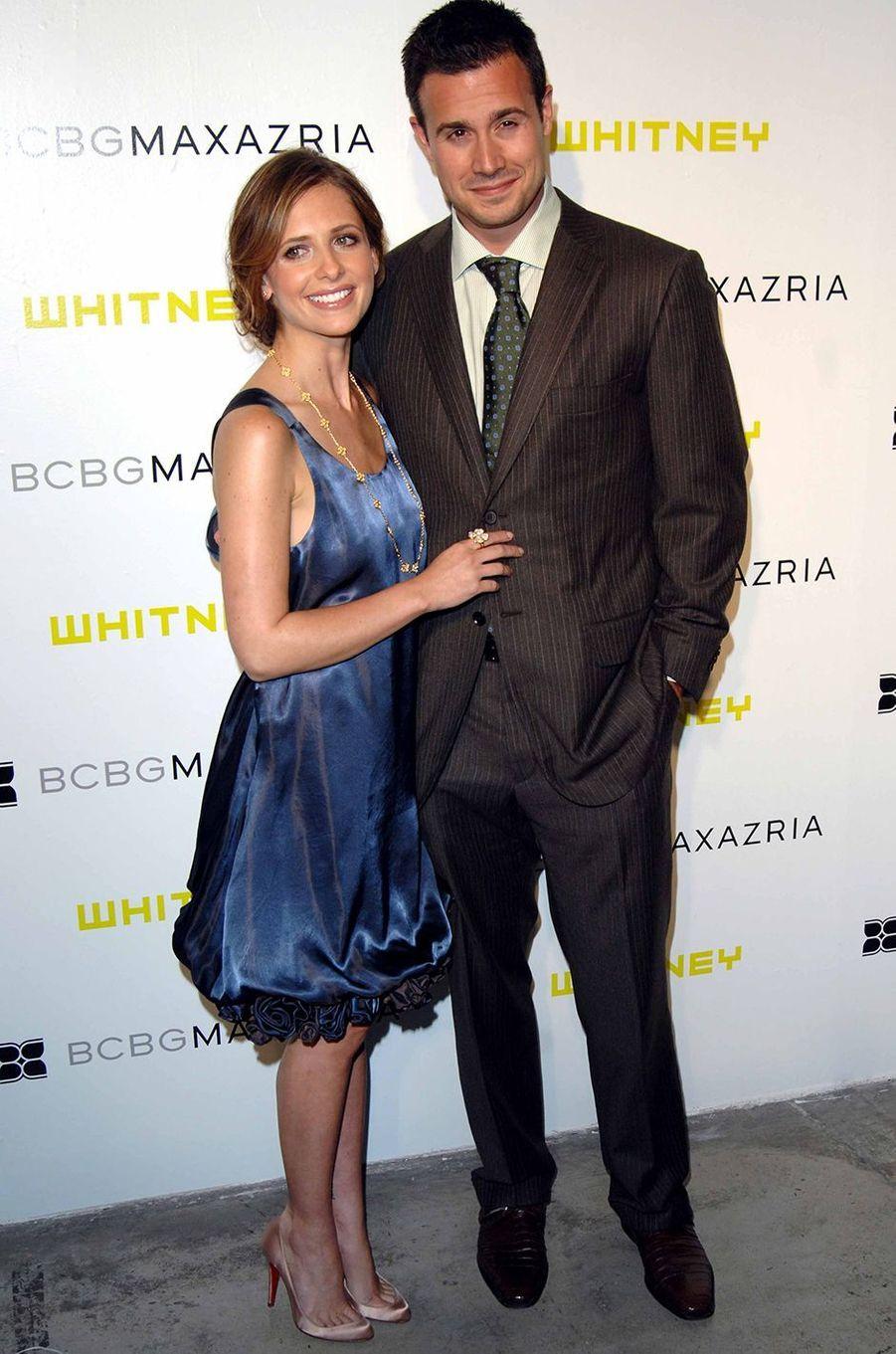 Sarah Michelle Gellar et Freddie Prinze Jr. lors d'un gala au profit duWhitney Museum of American Art à New York en juin 2007