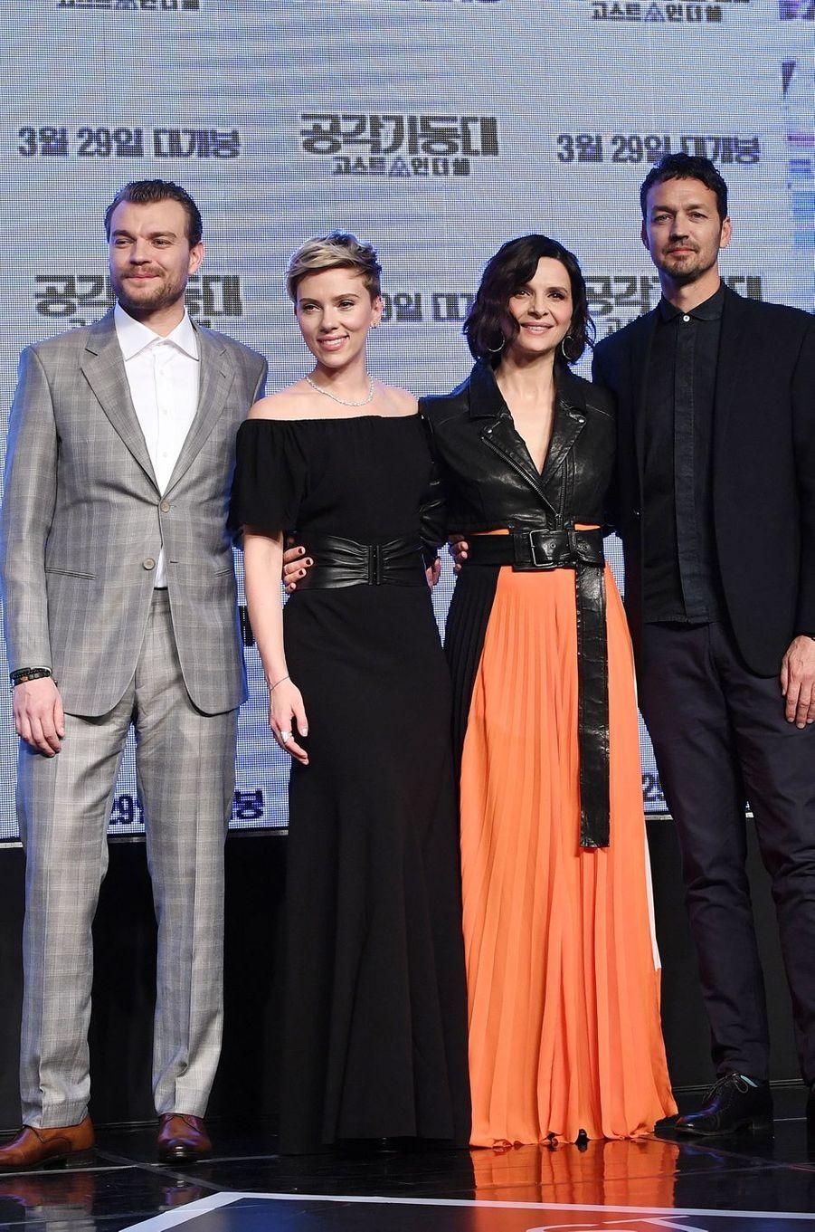 Pilou Asbaek,Scarlett Johansson, Juliette Binoche et Rupert Sanders à Séoul, le 17 mars 2017.