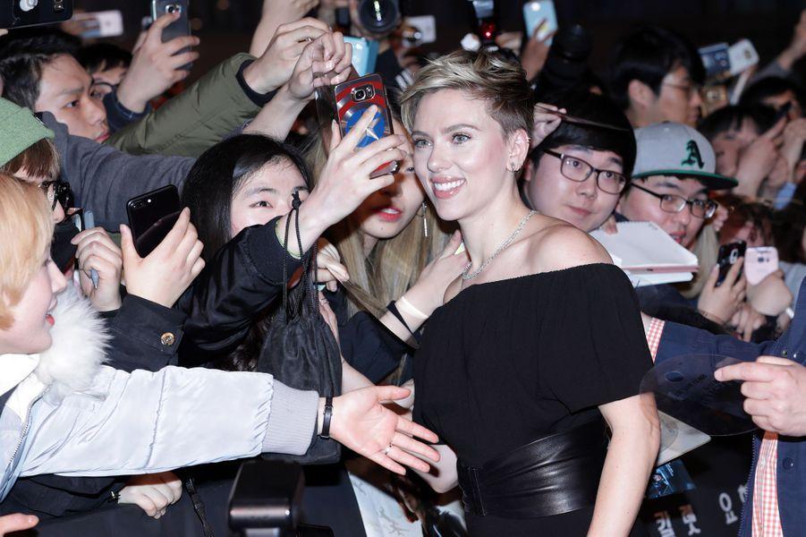 Scarlett Johansson à Séoul, le 17 mars 2017.