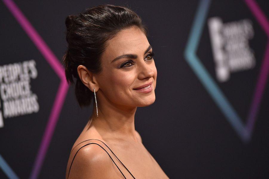 Mila Kunis aux People's Choice Awards dimanche soir en Californie