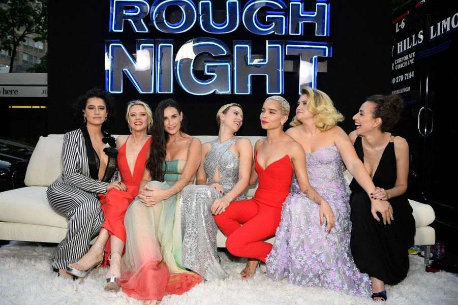 Ilana Glazer, Kate McKinnon, Demi Moore, Scarlett Johansson, Zoe Kravitz, Jillian Bell et Lucia Aniello à New York.