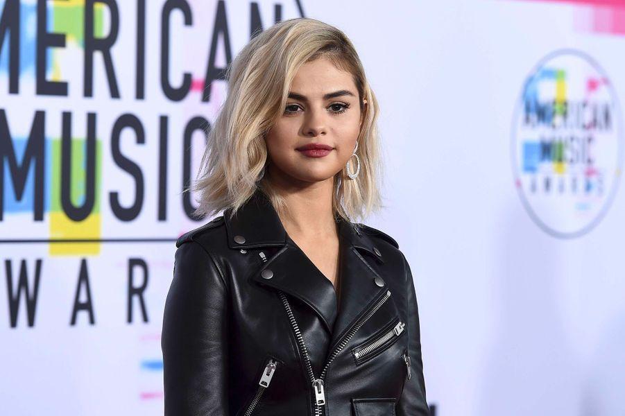 Selena Gomez aux American Music Awards, dimanche 19 novembre