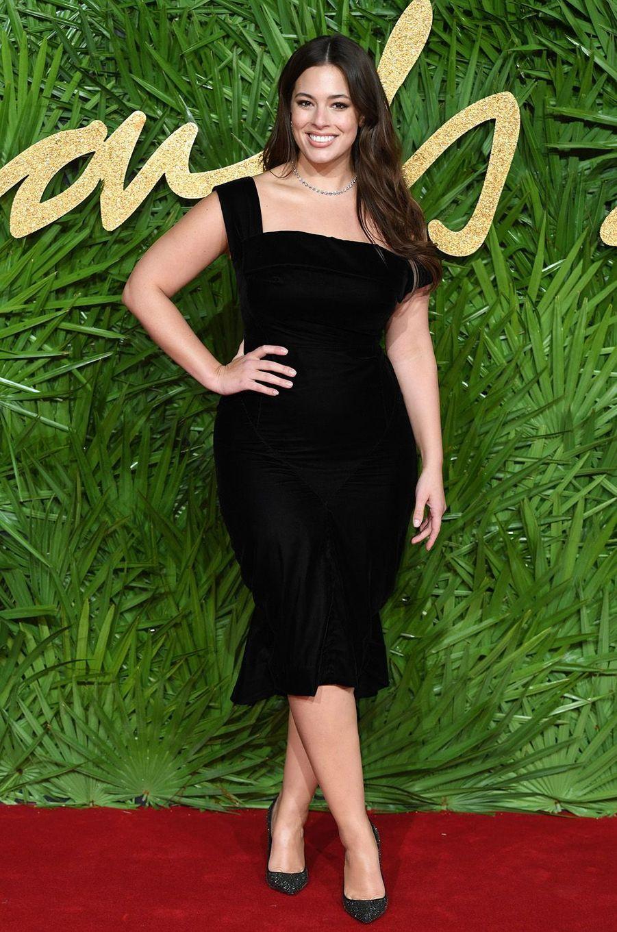 Ashley Grahamaux Fashion Awards, le 4 décembre 2017 à Londres.