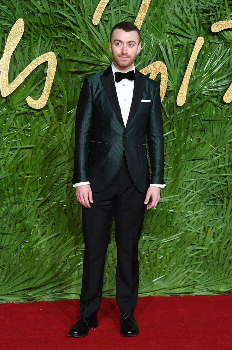 Sam Smithaux Fashion Awards, le 4 décembre 2017 à Londres.