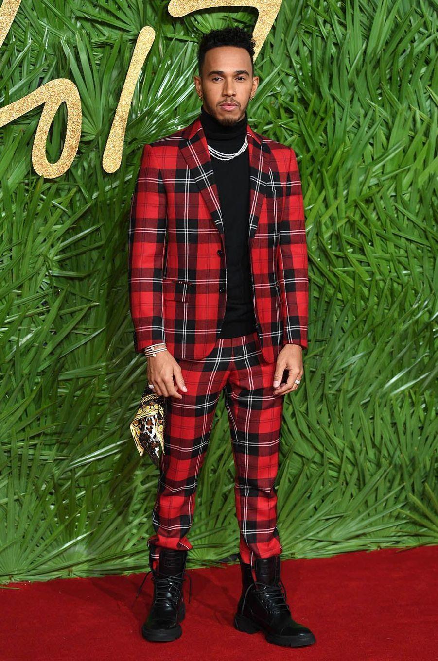 Lewis Hamilton aux Fashion Awards, le 4 décembre 2017 à Londres.