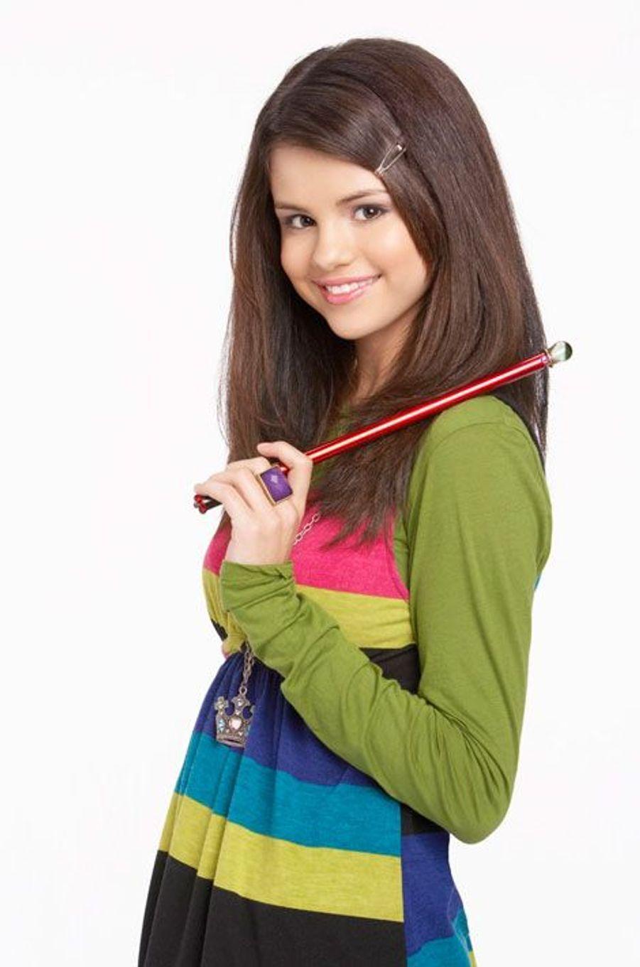 """Selena Gomez a vu sa carrière décoller dans la série """"Les sorciers de Waverly Place"""" diffusé sur Disney Channel"""