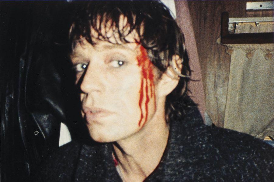Faut que ça saigne ! Mick, sur le tournage du clip de « Too Much Blood », en 1983, au Mexique.