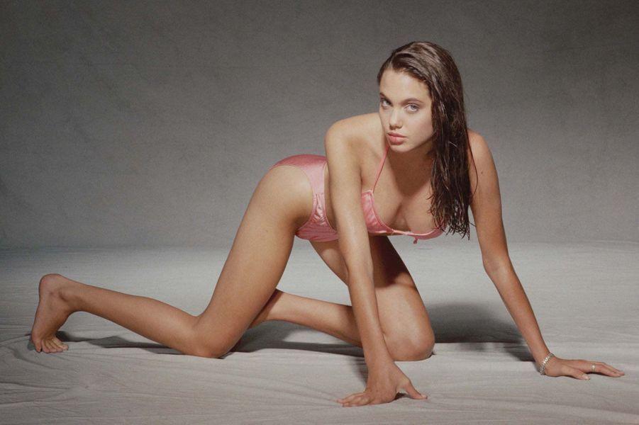 Angelina Jolie en 1991.