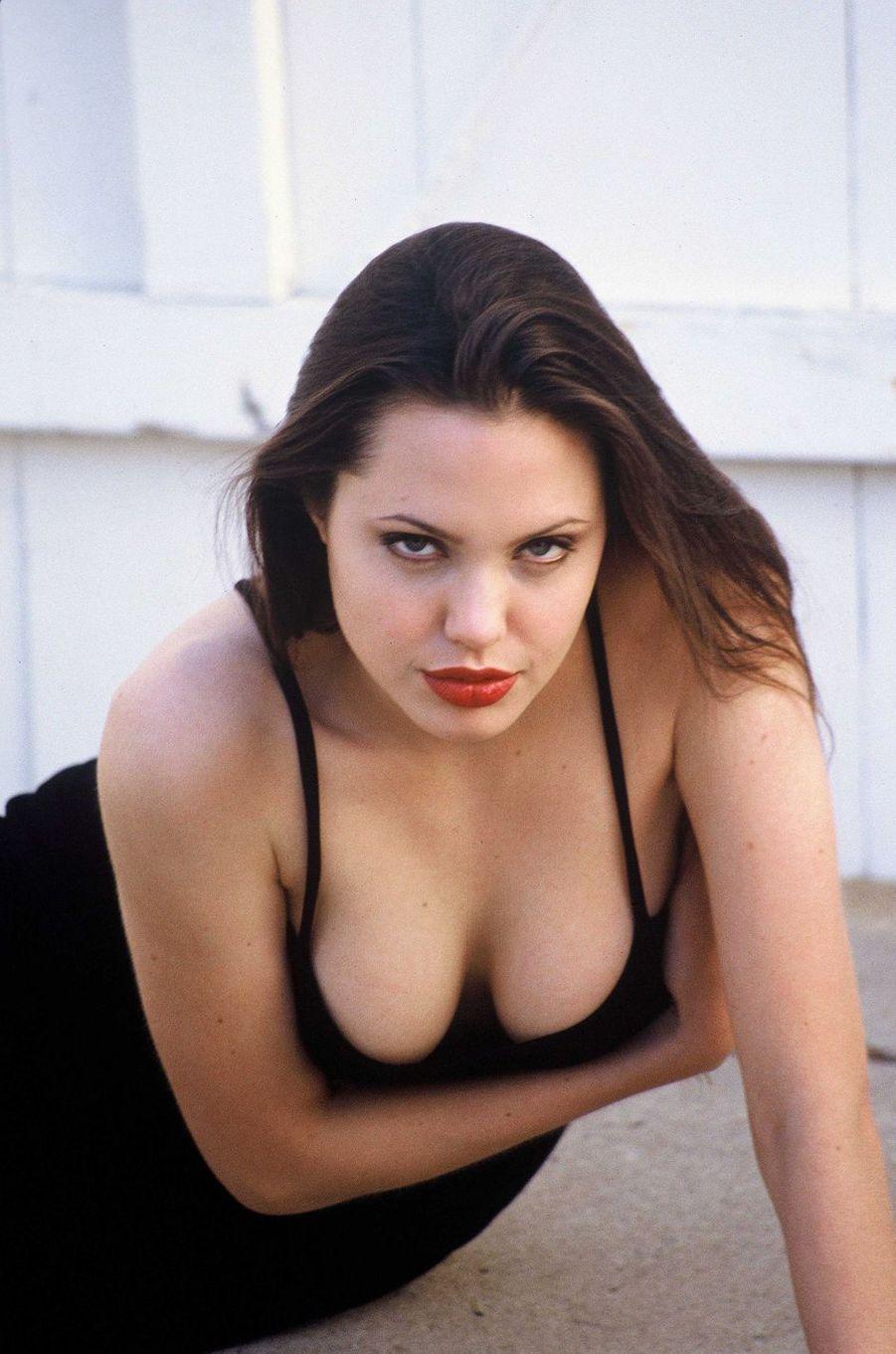 Angelina Jolie en 1994.