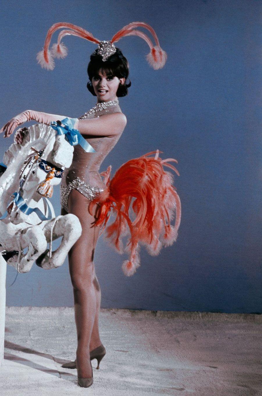 """Claudia Cardinale dans le film """"Blindfold"""" en 1965"""