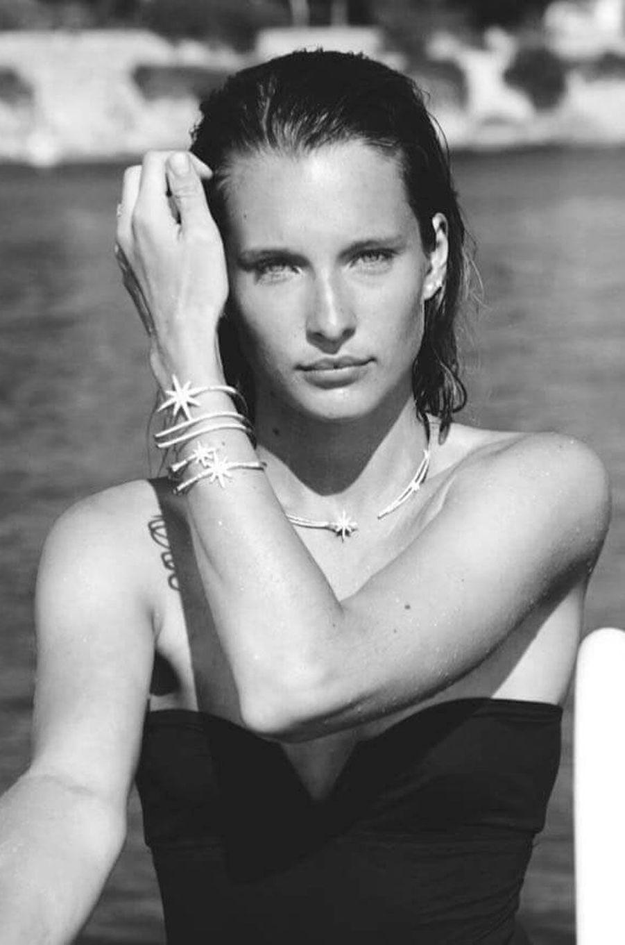 Ilona Smet est mannequin