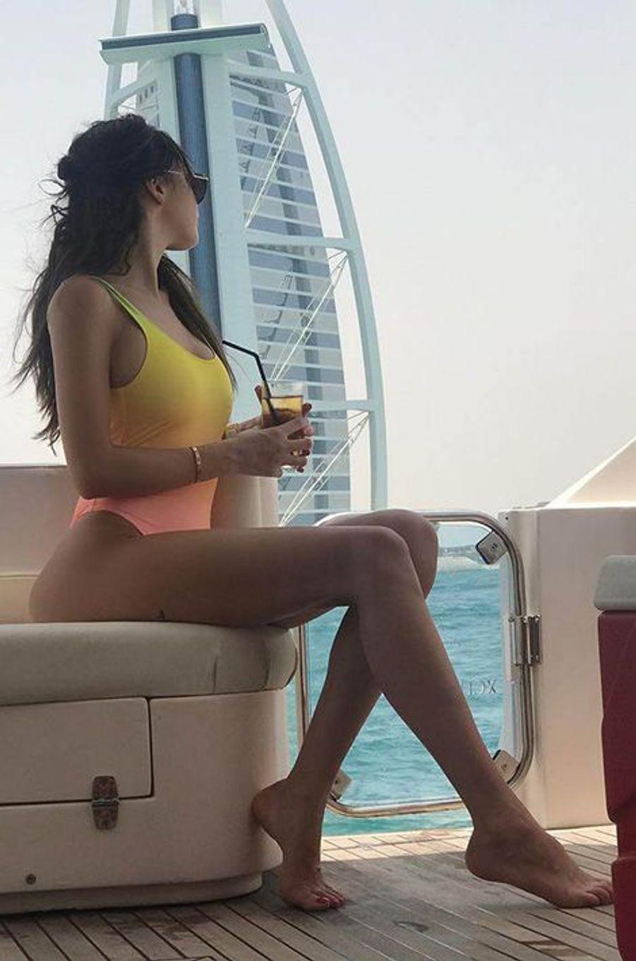 Nabilla à Dubai.