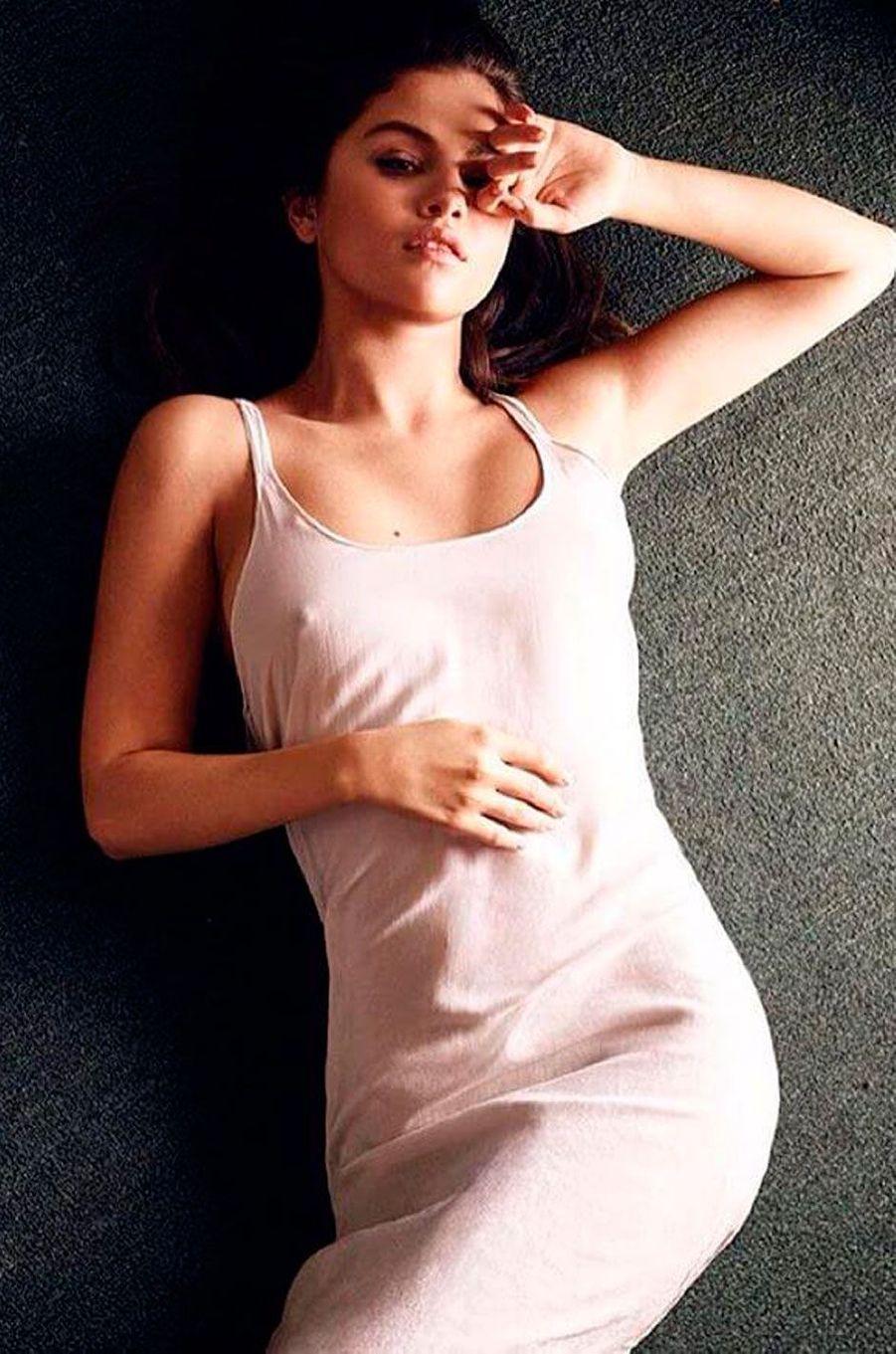 """Selena Gomez se montre plus femme depuis son dernier album """"Revival"""""""