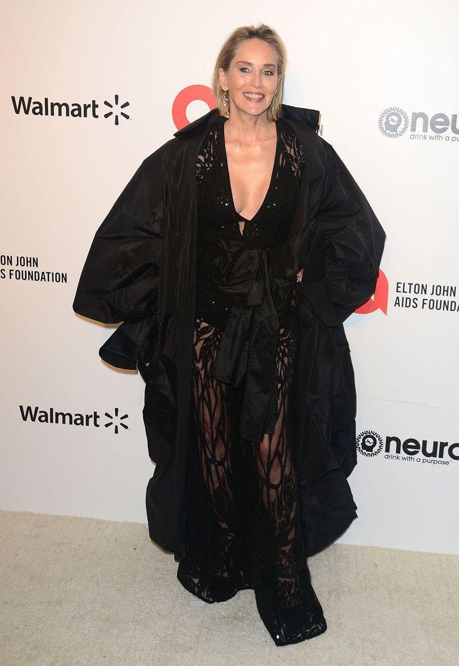 Sharon Stonelorsde la soirée d'Elton John contre le sida à Los Angeles le 9 février 2020.