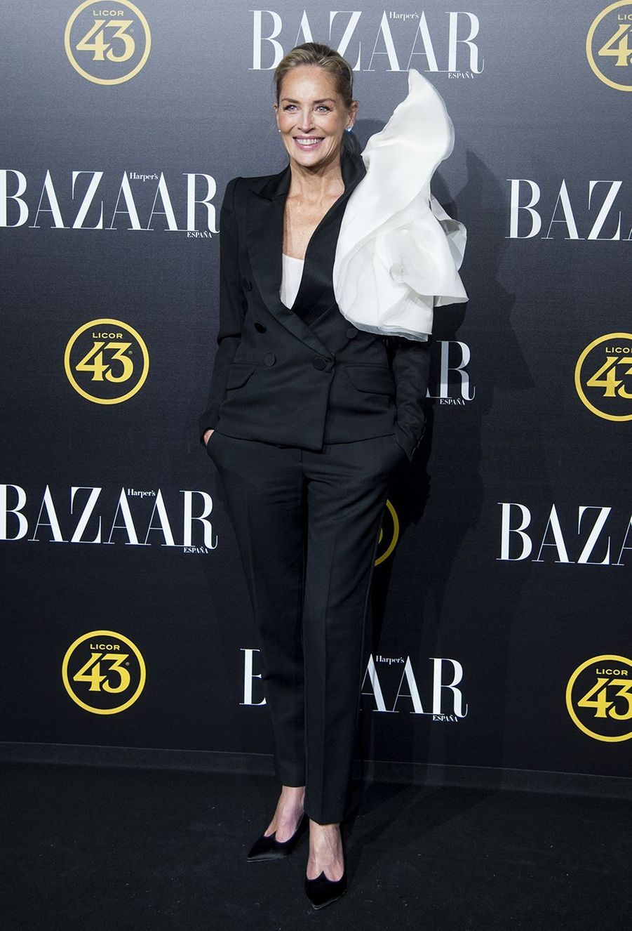 Sharon Stone lors dela soirée Harper Bazaar Attitude 43 Awards à Madrid le 5 novembre 2019.