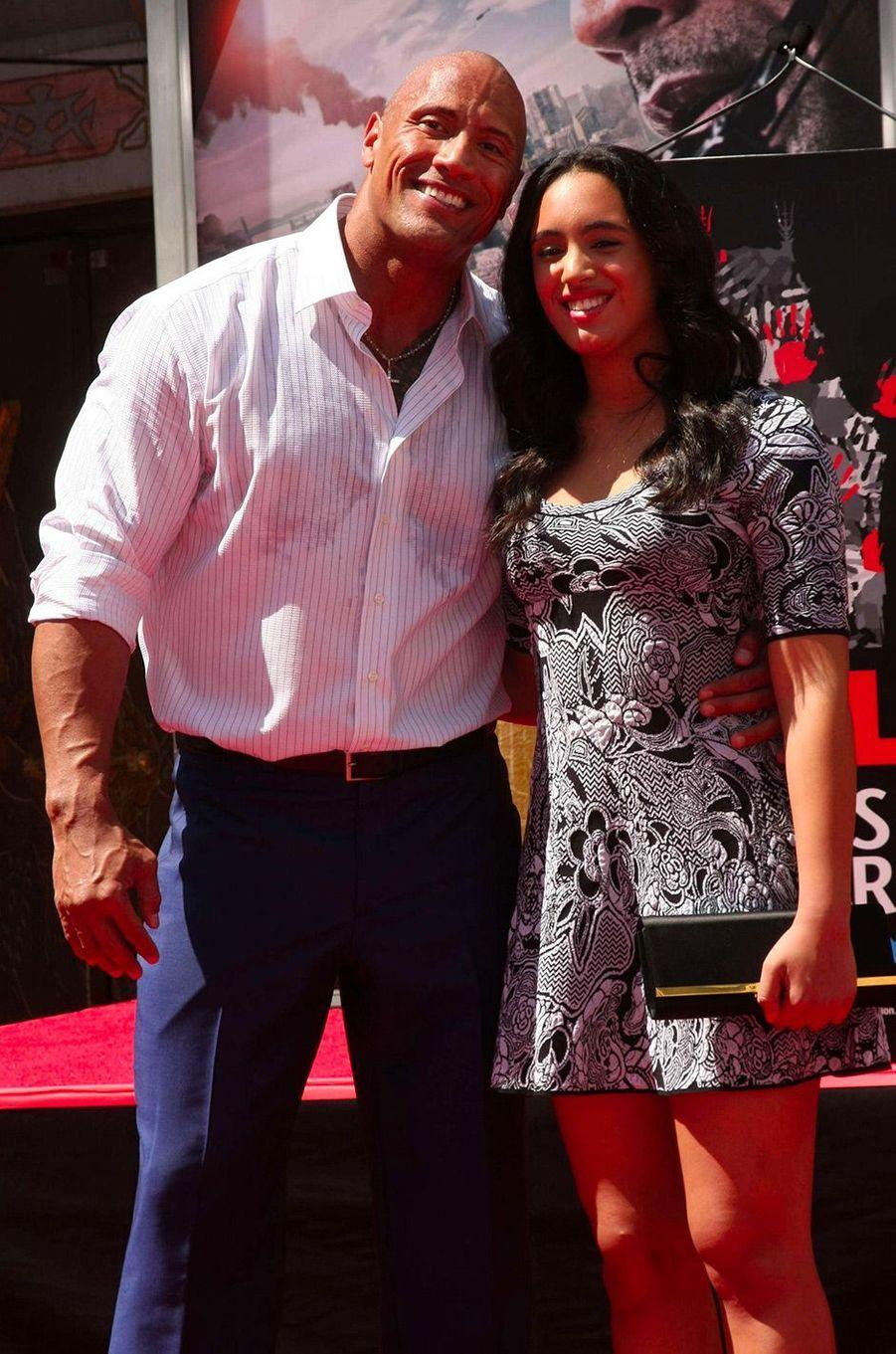Simone Garcia Johnson et son père à Hollywood le 19 mai 2015