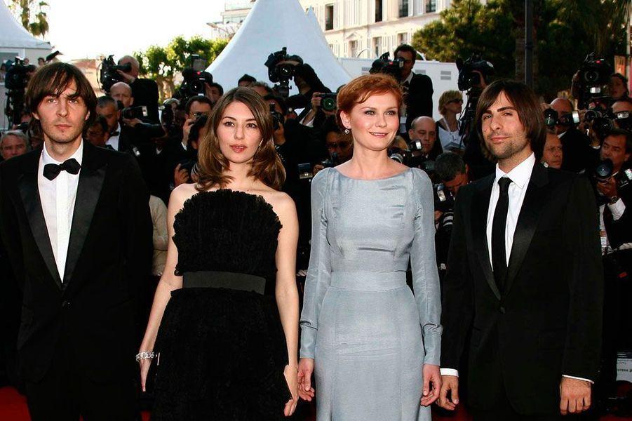 En 2006, Sofia Coppola et son casting lors de la montée des marches de son film «Marie-Antoinette».