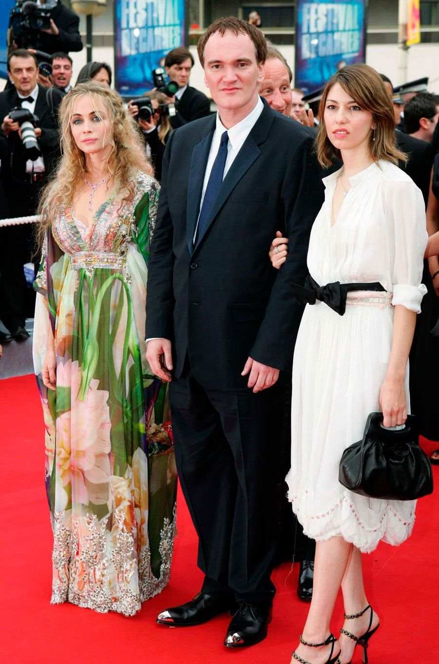 Le 12 mai 2004, lors de la montée des marches du film «Bad Education» de Pedro Almodovar, Quentin Tarantino, Emmanuelle Béart et Sofia Coppola, membres du jury.