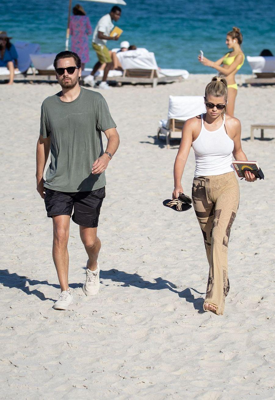 Sofia Richie et Scott Disick à Miami le 28 novembre 2019