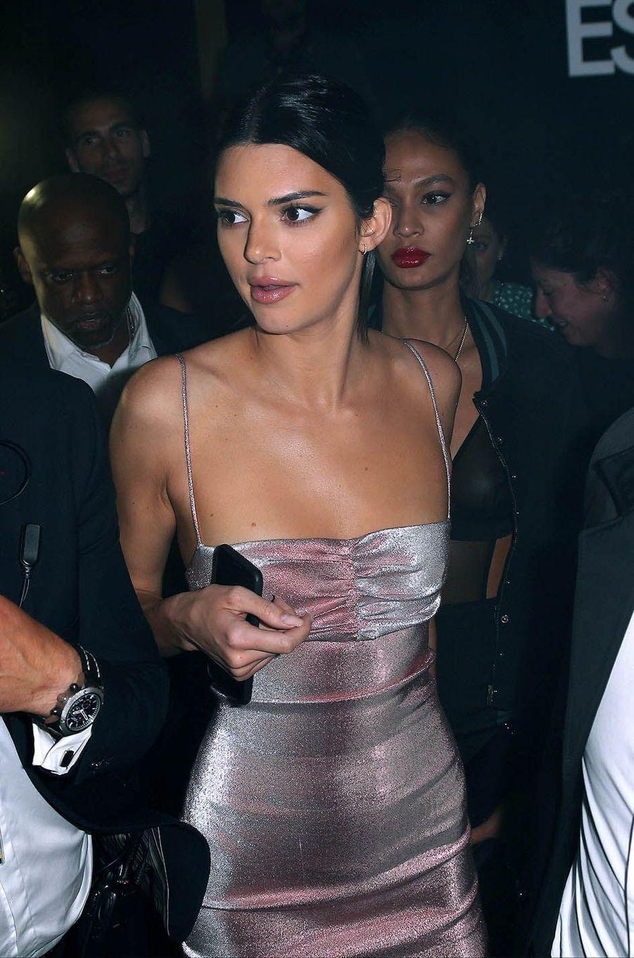 """Kendall Jenner à la soirée """"Le monde est à toi"""", le 12 mai 2018."""