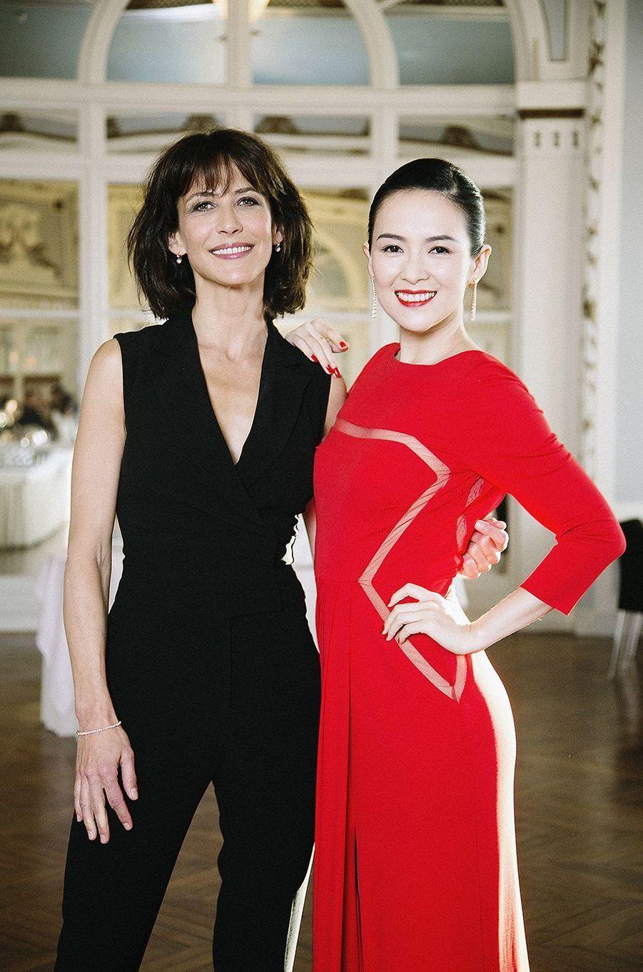 Sophie Marceau avec Zhang Ziyi au 28e festival de Cabourg.