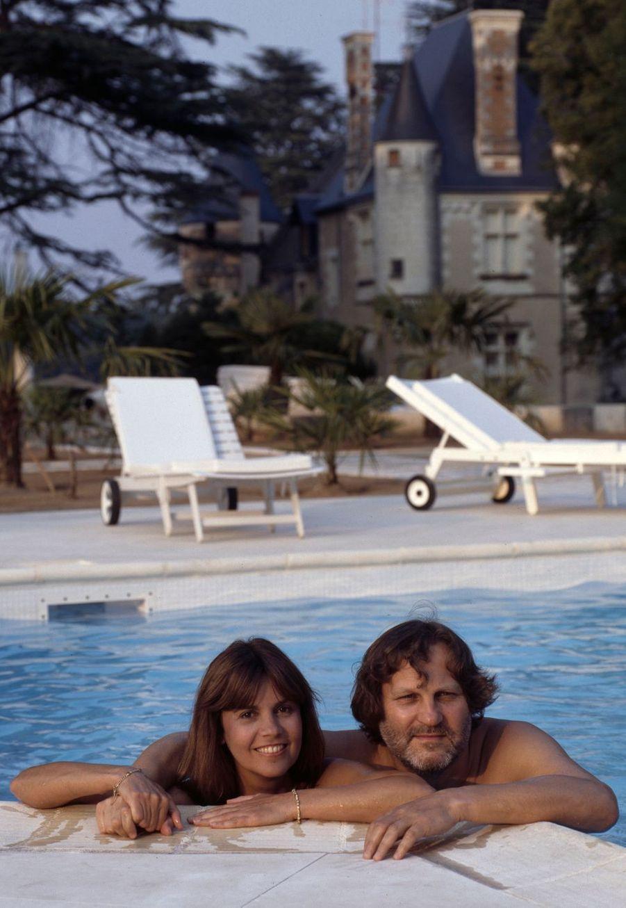 A proximité de Loches (Indre-et-Loire) : la chanteuse Chantal Goya et son mari, le compositeur Jean-Jacques Debout.