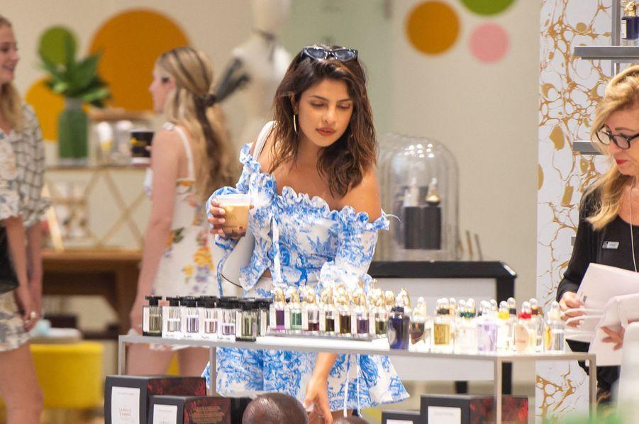 Priyanka Chopraen vacances à Miami le week-end du 3-4 août 2019.