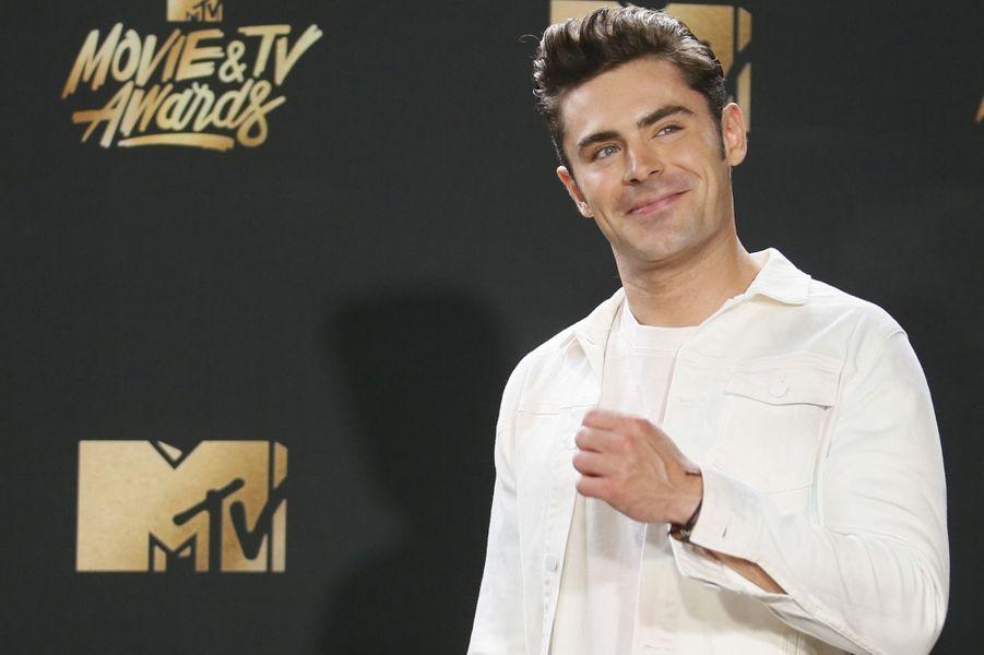 Zac Efronaux MTV Movie and TV Awards, à Los Angeles, le 7 mai 2017.