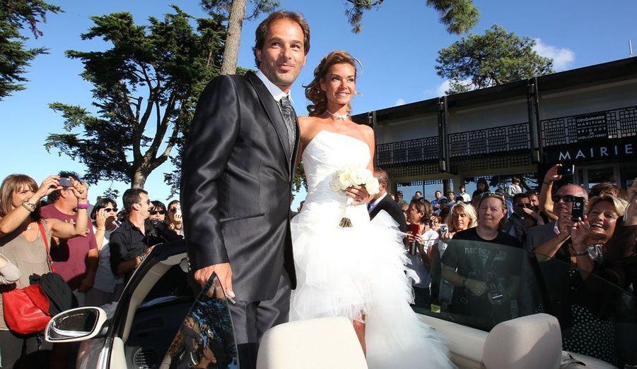 Ingrid Chauvin et l'assistant réalisateur Thierry P. Le Canon se sont dits oui au Cap Ferret le 26 août 2011