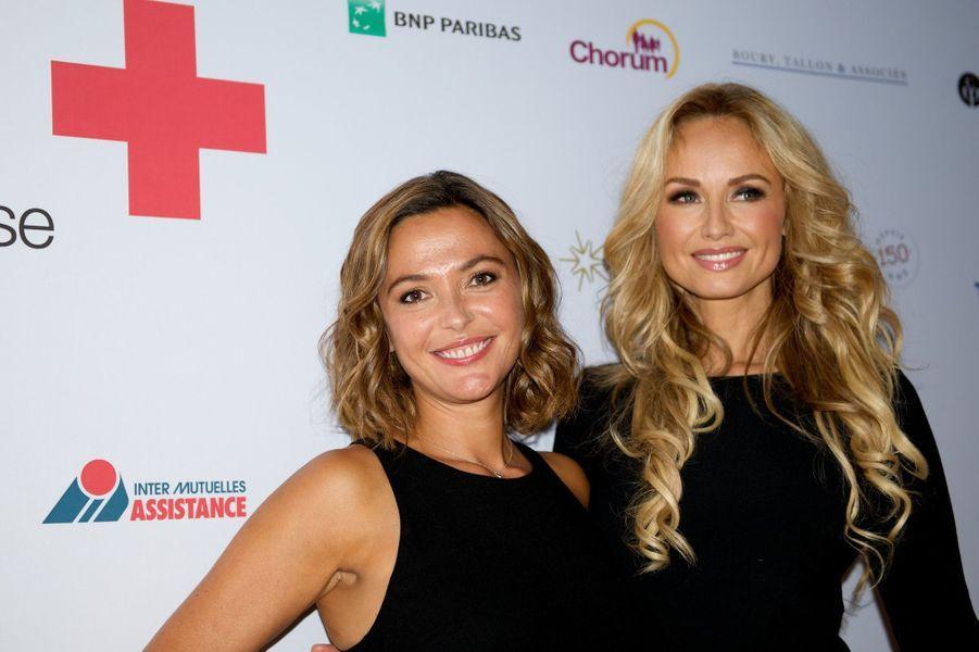 Sandrine Quétier et Adriana Karembeu au Gala des 150 ans de la Croix-Rouge à Paris le 12 septembre 2014.
