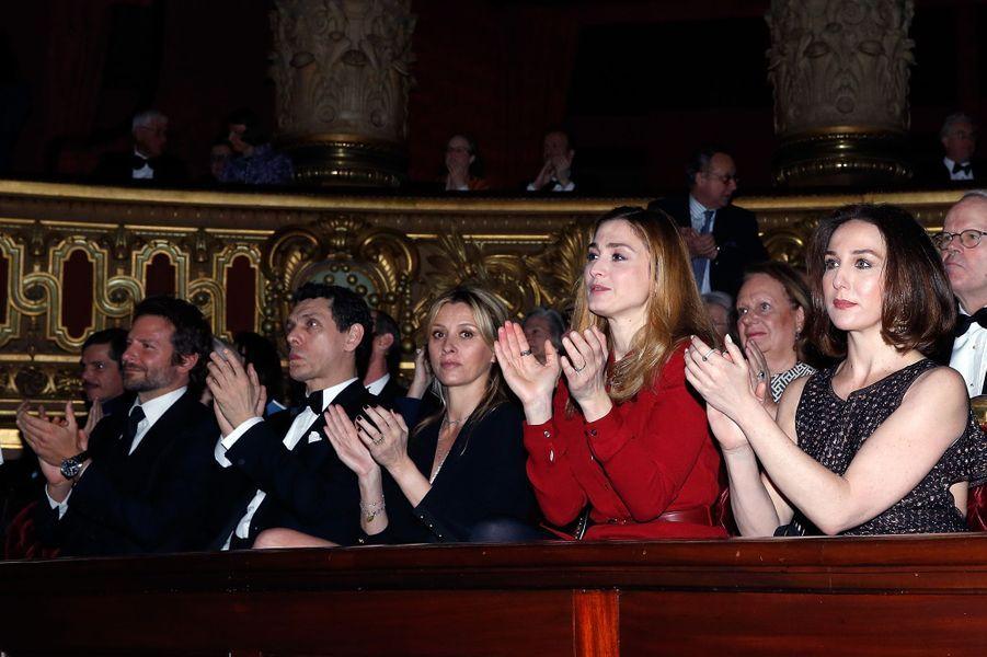 Bradley Cooper, Marc Lavoine, Sarah Lavoine, Julie Gayet et Elsa Zylberstein à Paris le 9 mars 2016