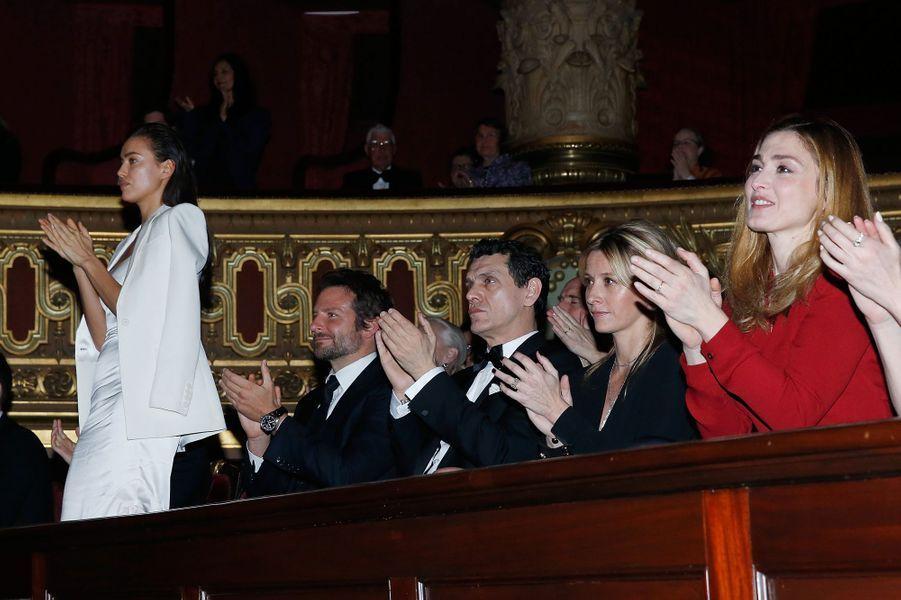 Irina Shayk, Bradley Cooper, Marc Lavoine, Sarah Lavoine et Julie Gayet à Paris le 9 mars 2016