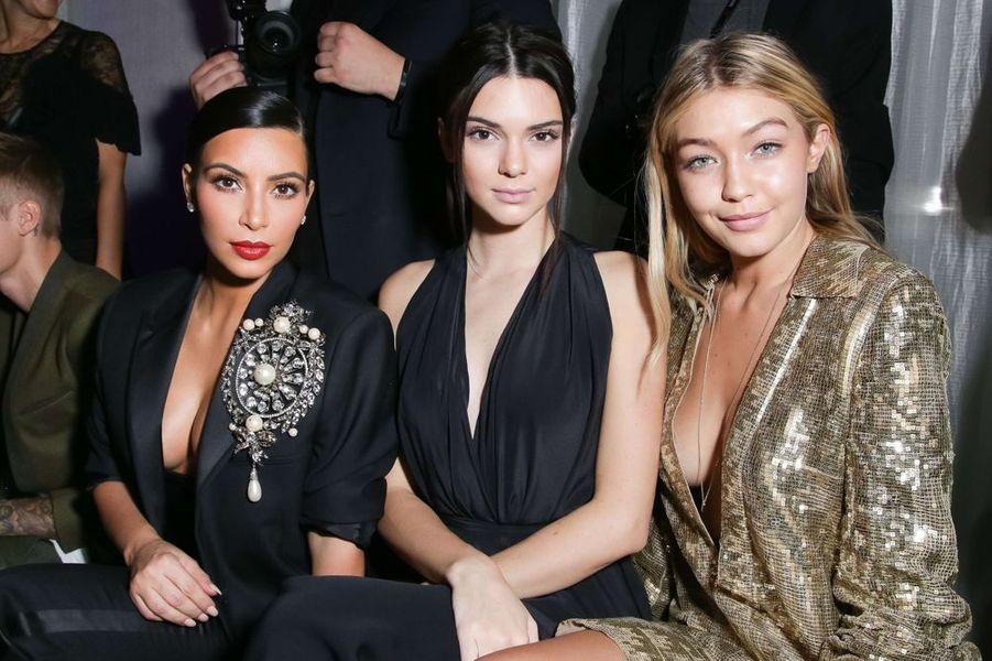 Kim Kardashian, Kendall Jenner et Gigi Hadid à la soirée CR Fashion Book organisée à Paris le mardi 30 septembre 2014