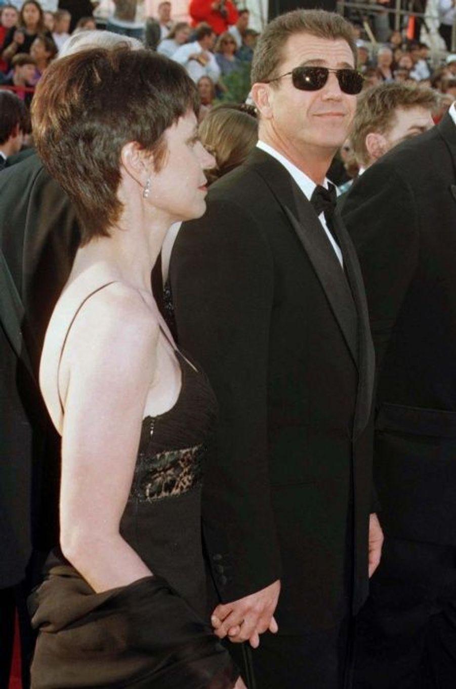 Robyn et Mel Gibson: 425 millions de dollars
