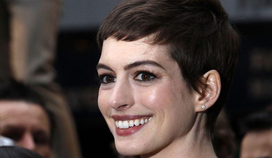 C'est pour incarner au mieux Fantine dans l'adaptation des «Misérables» qu'Anne Hathaway s'est coupé les cheveux. Mais elle a malgré tout confié avoir très mal supporté le tournage du film, notamment à cause de sa coupe.