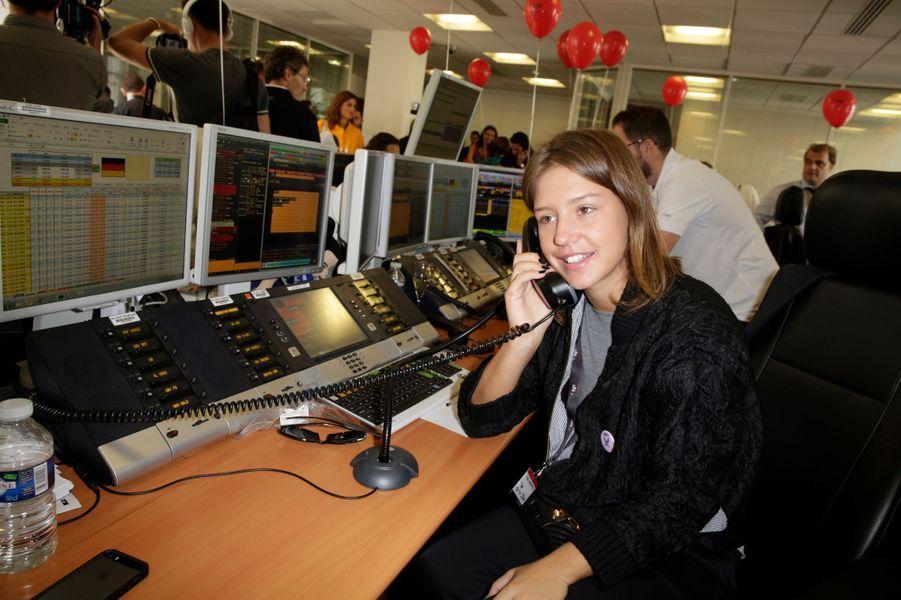 Adèle Exarchopoulos mobilisée pour le Charity Day à Paris le 11 septembre 2014.