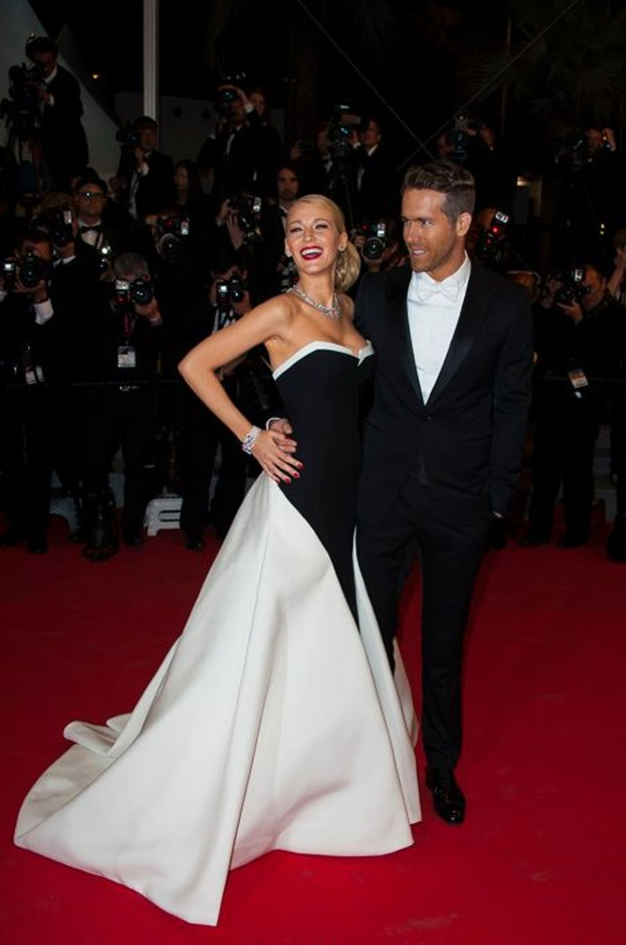 Blake Lively et Ryan Reynolds à Cannes le 16 mai 2014.