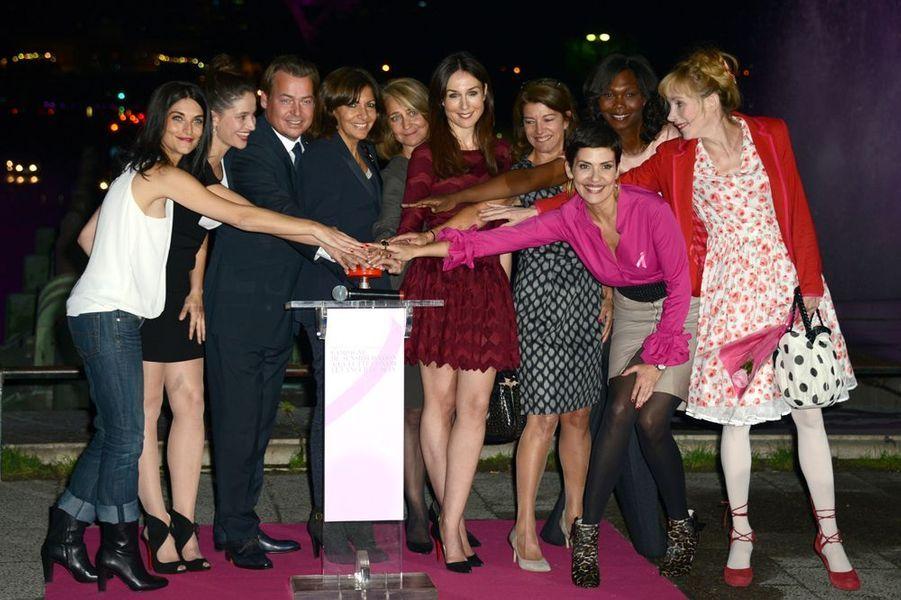 Les stars se mobilisent contre le cancer du sein à la soirée Ruban Rose 2014, au Palais Chaillot le 7 octobre 2014 à Paris