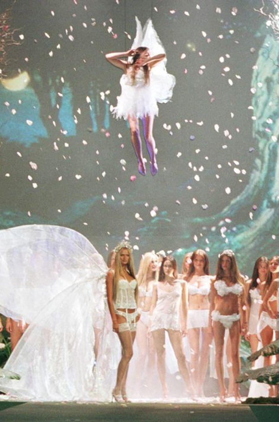Le défilé de la marque Victoria's Secret en 1999 à New York.