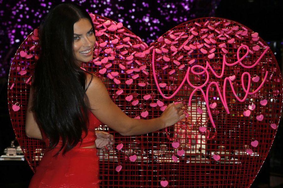 Adriana Lima à Las Vegas le 3 février 2015