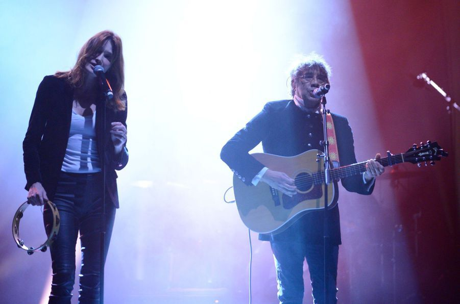 Carla Bruni et Laurent Voulzy en duo à l'Olympia