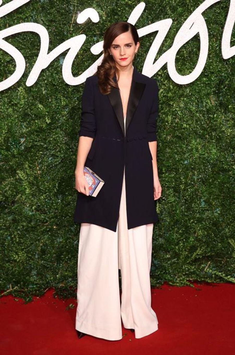 Emma Watson à Londres le 1er décembre 2014