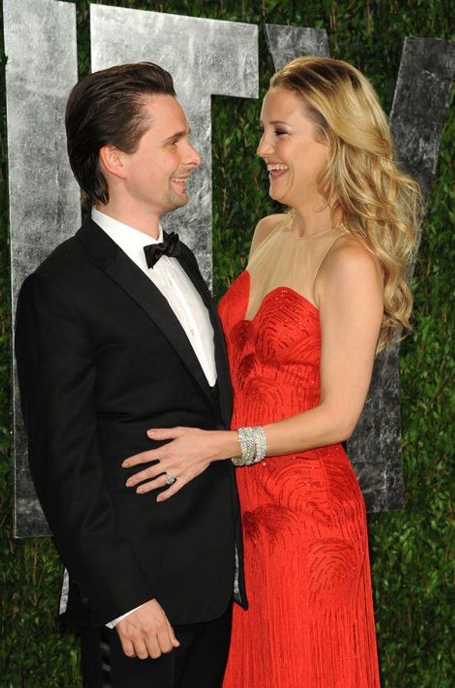 En décembre 2014, le leader du groupe Muse et l'actrice américaine provoquaient la surprise des médias en annonçant la fin de leur vie commune et l'annulation de leurs fiançailles. Parents d'un petit Bingham (aujourd'hui âgé de 4 ans et demi), Matthew Bellamy et Kate Hudson s'étaient fiancés en avril 2011 après dix mois de relation.