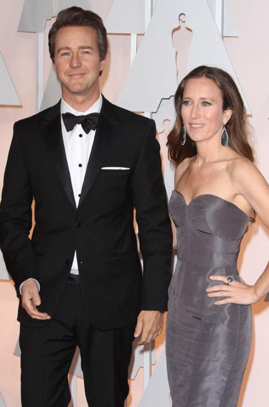 L'acteur et son épouse, la productrice Shauna Robertson, sont parents d'un petit garçon prénommé Atlas.