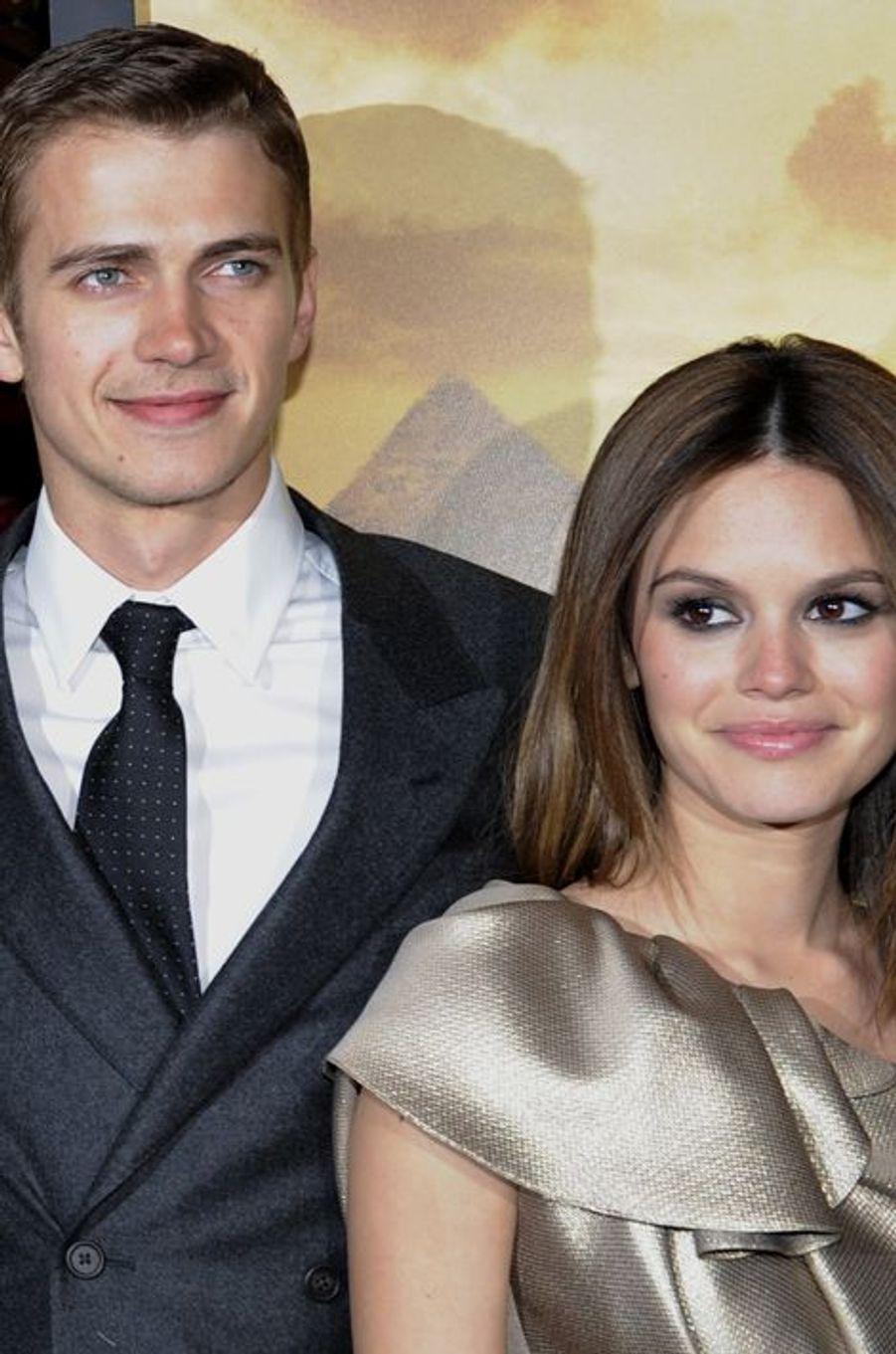 La célèbre brunette et son compagnon, l'acteur Hayden Christensen sont parents d'une petite Briar Rose, née en octobre 2014.