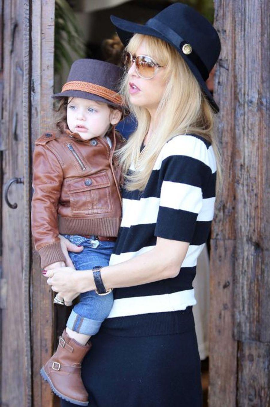 Mariée au banquier Rodger Berman depuis 1996, la styliste américaine est maman de deux garçons : Skyler Morrison (ici en photo, né en 2011) et Kaius Jagger, né en 2013.