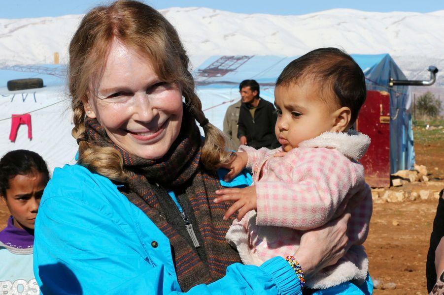 Mia Farrow, avec les réfugiés syriens au Liban, en janvier dernier