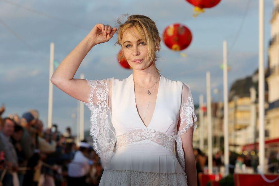 La douce et discrète actrice avait évoqué la chirurgie esthétique dans un entretien accordé au journal «Le Monde» en 2012. «J'ai fait refaire ma bouche à l'âge de 27 ans. Ce n'est une énigme pour personne, c'est loupé.»