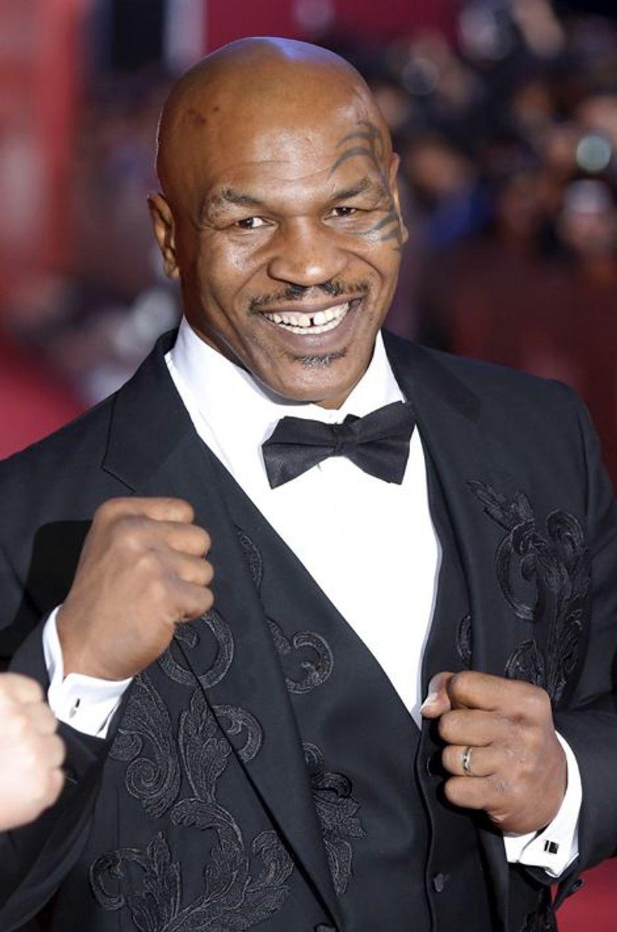 Mike Tyson (né le 30 juin)