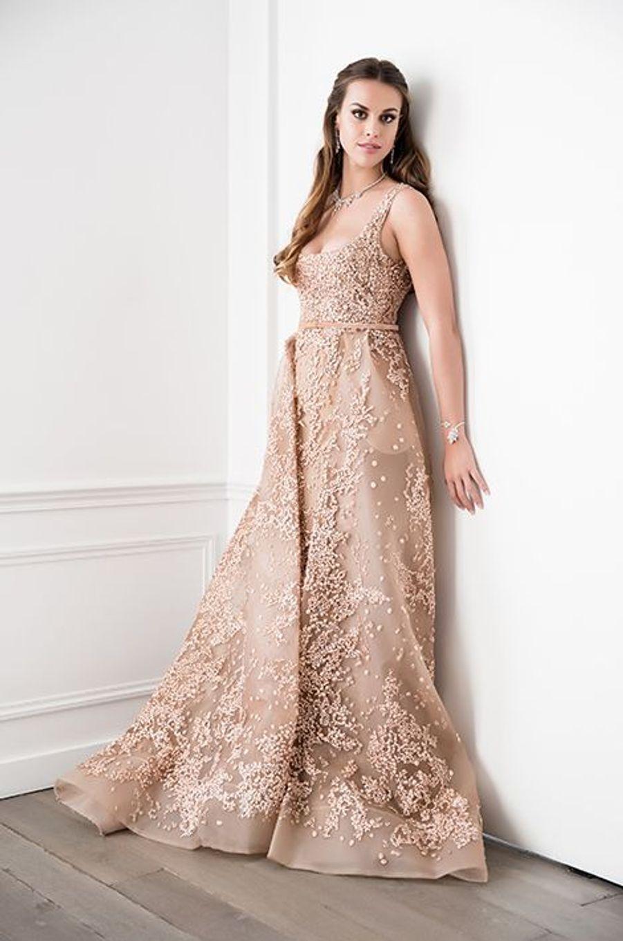Inês de Bragança (Portugal) en robe Elie Saab Haute-Couture, bijoux Payal New York